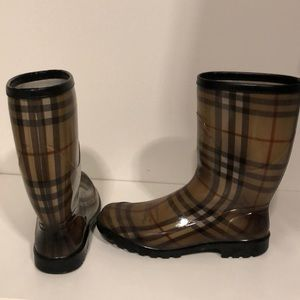 Preowned Authentic Burberry Rainboots